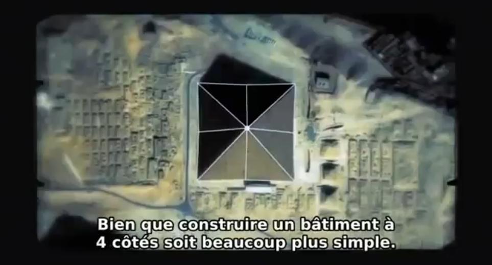 C:\Users\Utente\Pictures\2000.egizi e paleolitico\1.egizi piramidi giza e varie\piramide cheope\grandepiramide8lati.jpg